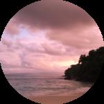 Boje Arndt Kiesiel | Coach in Berlin: Foto einer Bucht im Osten von Bali / Indonesien als Symbol für Coaching-Sitzungsreisen