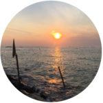 Beispiele aus Klientensicht | Kiesiel: Foto eines Sonnenuntergangs in Polhena | Süd- Sri Lanka als Symbol für die Sitzungsreise